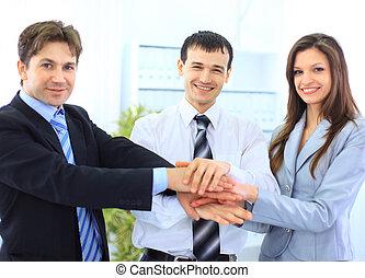 beeld, van, zakenlui, handen, bovenzijde, van, elkaar,...