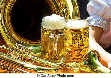 beer mugs with trumpet