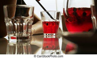 beeren, erfrischen, limonade, tisch, café, rotes , krug