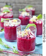 beet root Verrine with eggs
