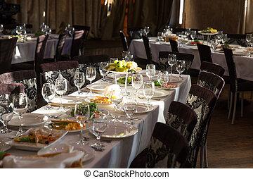 befedett, asztal, alatt, egy, étterem
