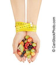 begriff, machen diät, leute, gesunde, vegetarier, -, essende, auf, lebensmittel, frau besitz, hände, schließen, daheim, beeren