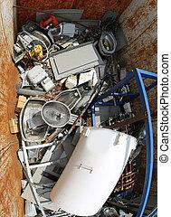 behälter, mit, kaputte , gebraucht, haus, qeuipment, und, a, bewässern heizung