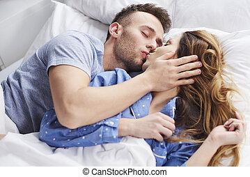 beijando, fim, par, cima, jovem