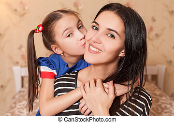 beijando, menininha, dela, mãe