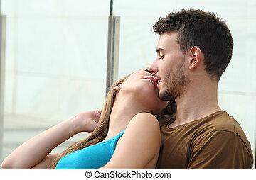 beijando, par, amor, atraente
