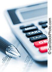 belasting, calculator en pen