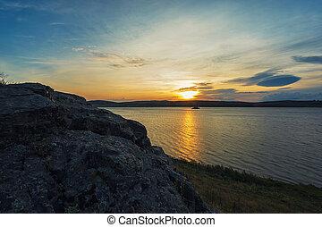 beleza, amanhecer, em, a, lago