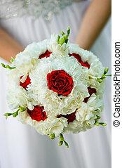 beleza, buquê casamento, de, rosas vermelhas, e, flores brancas