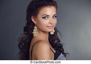 beleza, mulher, com, longo, pretas, hair., hairstyle., bonito, modelo, menina, portrait., earrings., acessório