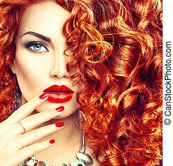beleza, mulher jovem, com, cacheados, cabelo vermelho,...