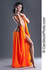 beleza, pelado, dançarino, posar, em, laranja, véu