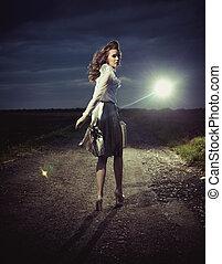 bella donna, camminare