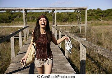 bella donna, correndo, turista, accentato