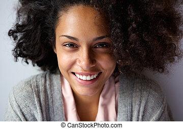bella donna, faccia, americano, africano, sorridente