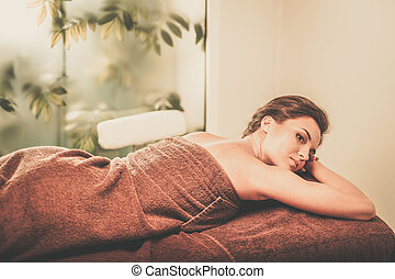 bella donna, giovane, salon., terme, detenere, massaggio