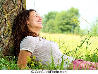 bella donna, rilassante, natura, giovane, outdoors.