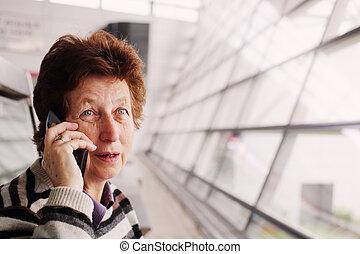 bella donna, vecchio, mobile, anni, telefono, 70, ritratto