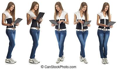 belle femme, à, tablette, informatique
