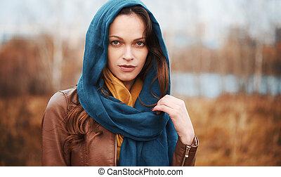 belle femme, automne, parc