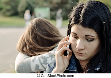 belle femme, bavarder, elle, mobile, jeune, téléphone