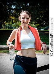 belle femme, délassant, après, fitness, sport