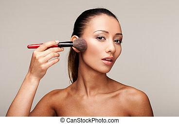 belle femme, demande, jeune, maquillage