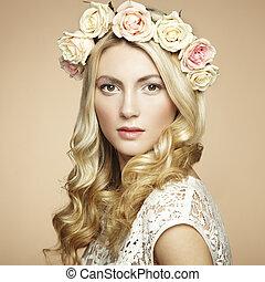 belle femme, elle, cheveux, portrait, blond, fleurs