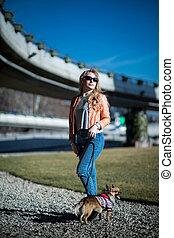 belle femme, elle, parc, jeune, chien, blonds, promenades