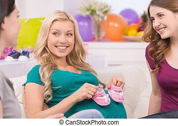 belle femme, elle, pregnant, projection, shower., butins, ...