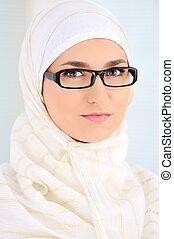 belle femme, intérieur, musulman