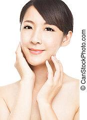 belle femme, jeune, asiatique, soin peau