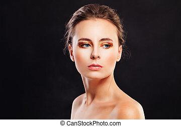 belle femme, jeune, mode, arrière-plan noir, modèle