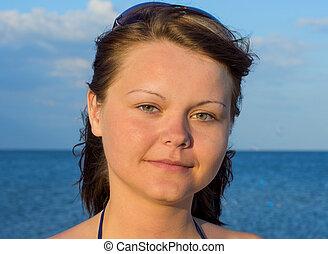 belle femme, jeune, portrait, plage, lunettes