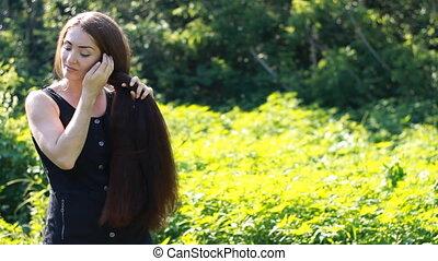 belle femme, long, tresses, cheveux, tresse