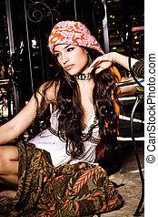 belle femme, oriental, vêtements