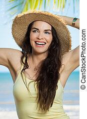 belle femme, plage, jeune, heureux