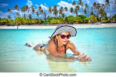 belle femme, relâcher, exotique, afrique., plage