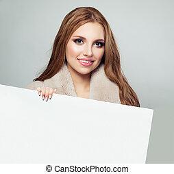 belle femme, tenue, espace, comité papier, fond, blanc, copie, vide