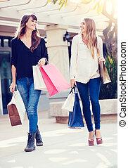 belles filles, sacs provisions