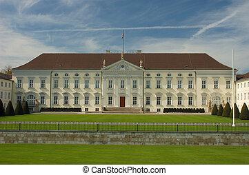 Bellevue Palace in B
