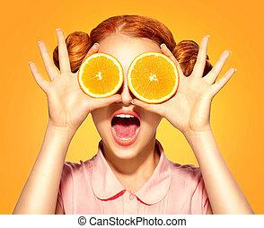 belleza, modelo, niña, toma, jugoso, naranjas