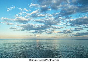 belleza, paisaje, con, salida del sol, encima, mar