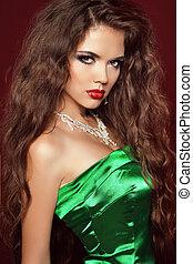 belleza, portrait., elegante, mujer, con, labios rojos, y, muy, largo, marrón, hair.