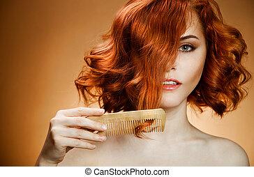 belleza, portrait., pelo rizado, y, peine