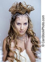 bellezza, giovane, neve, regina, in, fata, bagliori, con, corona, su, lei, testa