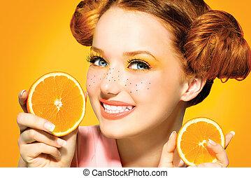bellezza, modello, ragazza, con, succoso, oranges., freckles