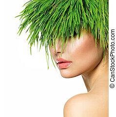 bellezza, primavera, donna, con, fresco, erba verde, capelli