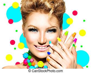 bellezza, ragazza, con, colorito, trucco, smalto per unghie, e, accessori