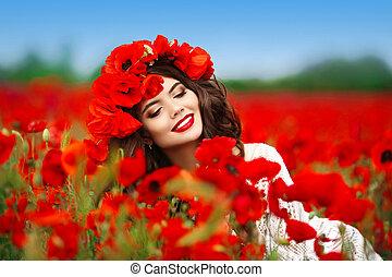 bello, adolescente, testa, trucco, riccio, campo, fiori, natura, ragazza, capelli, fondo., papaveri, ritratto, sorridente, godere, style., rosso, felice
